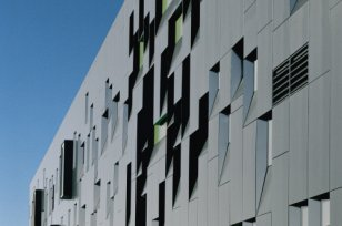 The Perimeter Institute for Theorical Physics, Waterloo (Canada)