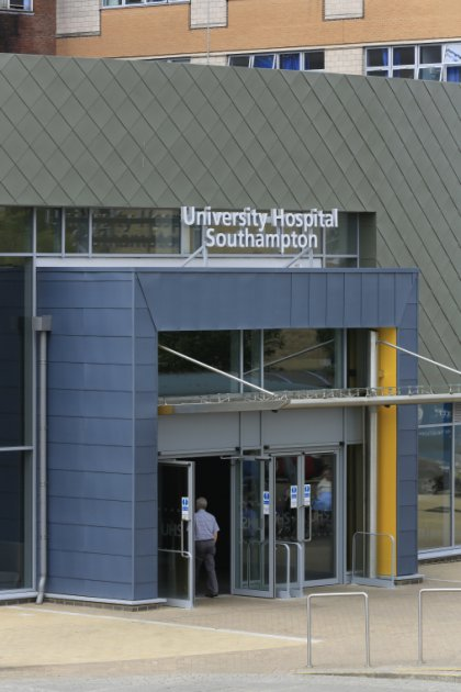 images/projects/images/HD/00000000049/southampton_general_hospital_6_33679.hd8